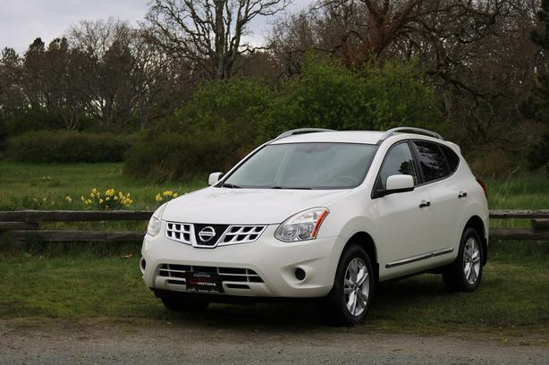 2012 Nissan Rogue SV - ON SALE! - HEATED SEATS!