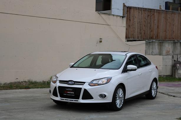 2013 Ford Focus Titanium Sedan - ON SALE! - NAVIGATION!