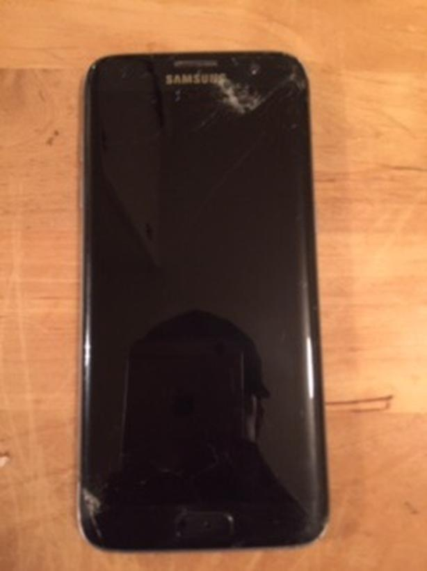  Log In needed $150 · Samsung galaxy s7 edge hacked, has cracked screen