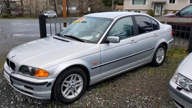 2000 bmw 323i sedan