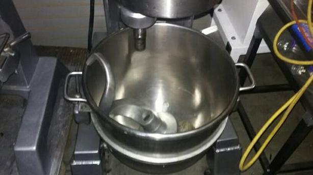 Hobart 60qt mixer