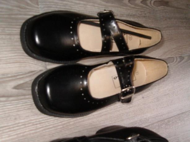 child black shose