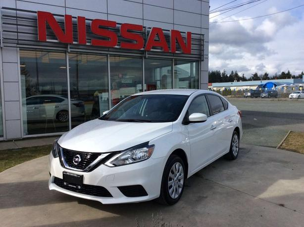 2017 Nissan Sentra 1.8 S- Like brand new!