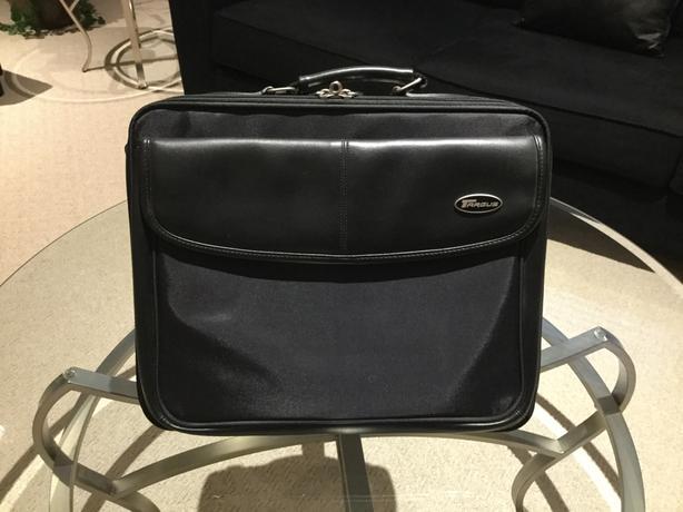 Targus Laptop Bag with Shoulder Strap