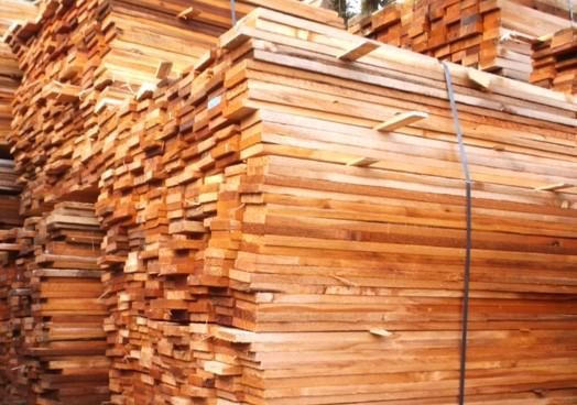 Red Cedar 1 X 4 Fencing Outside Nanaimo Parksville