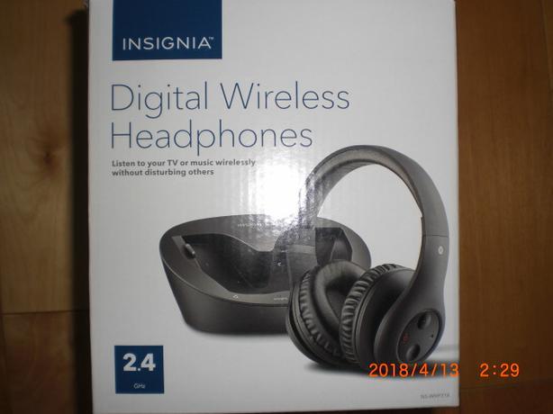 New, Digital Wireless Head Phones