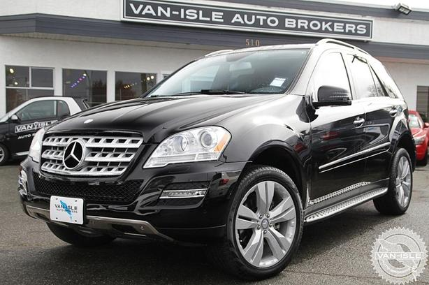 2011 Mercedes-Benz ML350 - Only 41,000KM!