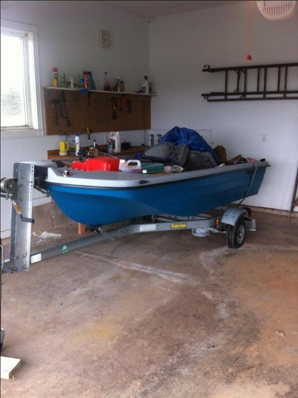 FULLY EQUIPPED TROUT BOAT