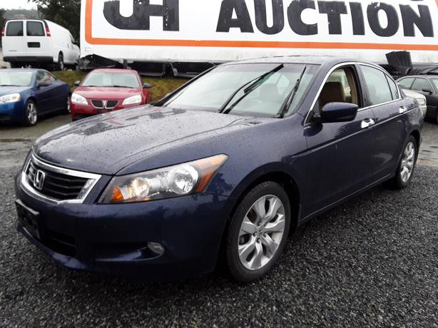 2008 Honda Accord EXL, 208k km's!!! FWD 6 cylinder, leather interior.