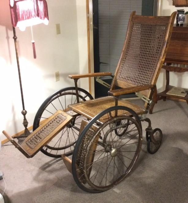 Antique Wheelchair - Antique Wheelchair Saanich, Victoria