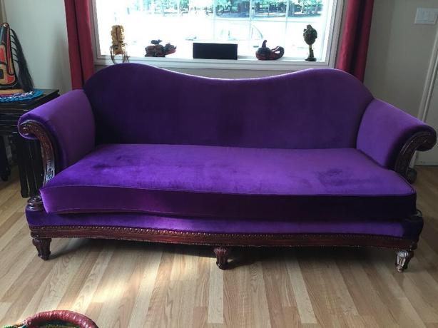 Astounding Purple Velvet Sofa Ladysmith Cowichan Mobile Pabps2019 Chair Design Images Pabps2019Com