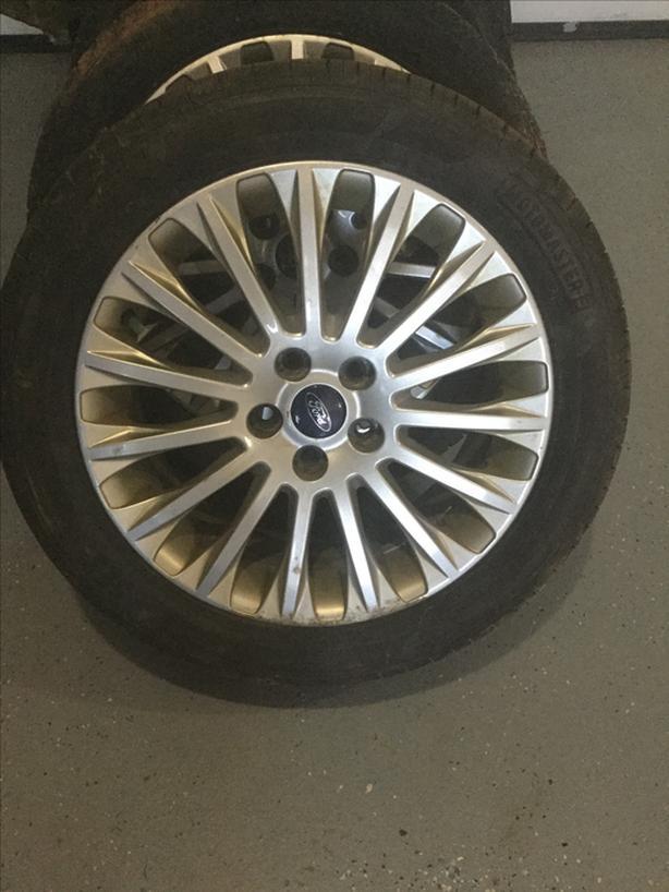 Focus wheel tires