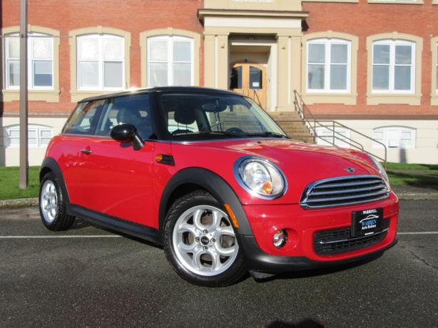 2013 MINI Cooper, 53,000kms Sunroof, Alloys, Bluetooth!