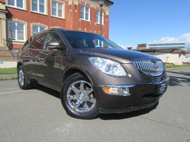 2010 Buick Enclave CXL, Nav, Leather, 7 Pass, AWD