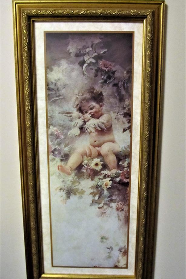 CHERUB PRINT IN BRASS FRAME