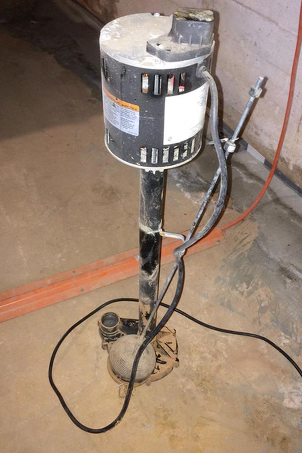 FREE: Sump Pump (Non-Submersible, 1/3 HP - NEEDS PARTS)