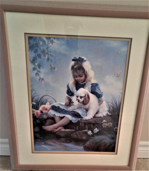 ART - PRINT OF LITTLE GIRL & DOG IN WOODEN FRAME