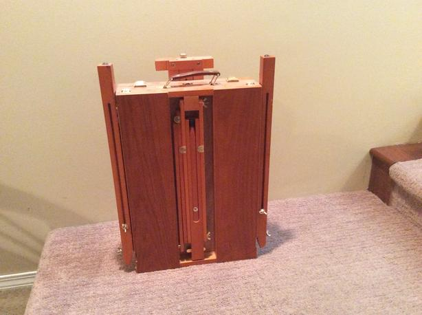 FOLD-UP ART. EASEL WITH CARRY HANDLE with PAINTS