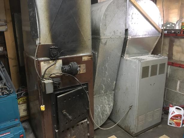 Oil & Wood Furnace Combination with Oil Tank