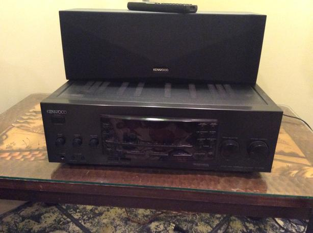 KENWOOD AMP AND SURROUND SOUND AND 5 SPEAKERS