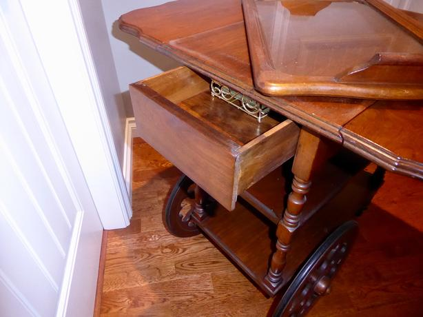 20th Century Antique Mahogany Tea Wagon