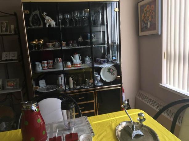 Living Room Hutch/Display cabinet