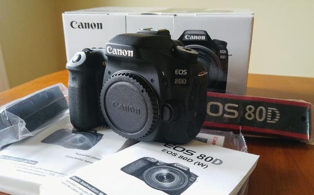 Canon 80D Outside Victoria, Victoria