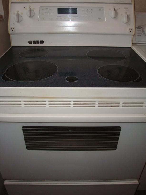 Kitchen Aid flat top stove,self clean and convection oven