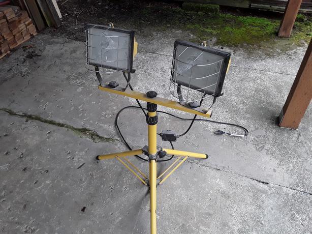Halide light stand