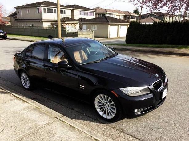 2011 BMW 328i X-Drive - 103k KM