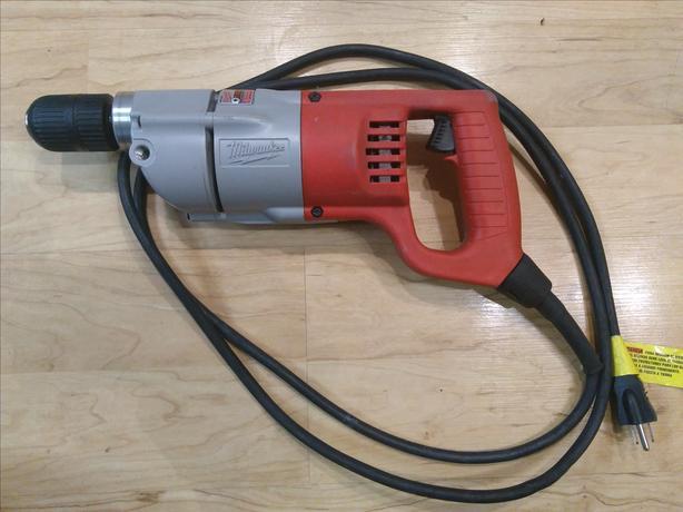 MILWAUKEE Heavy Duty 1107   D-Handle Straight Drill 7 Amp