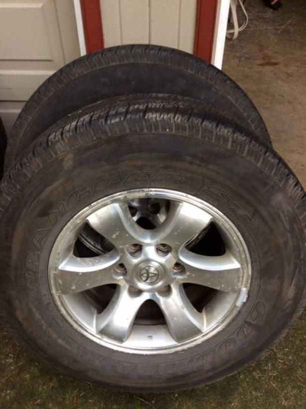 """Toyota 4runner alloy wheels 17"""""""