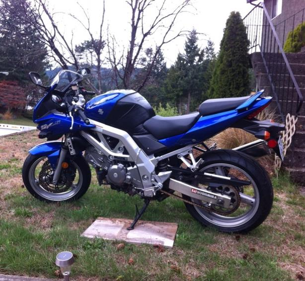 2004 SV650S