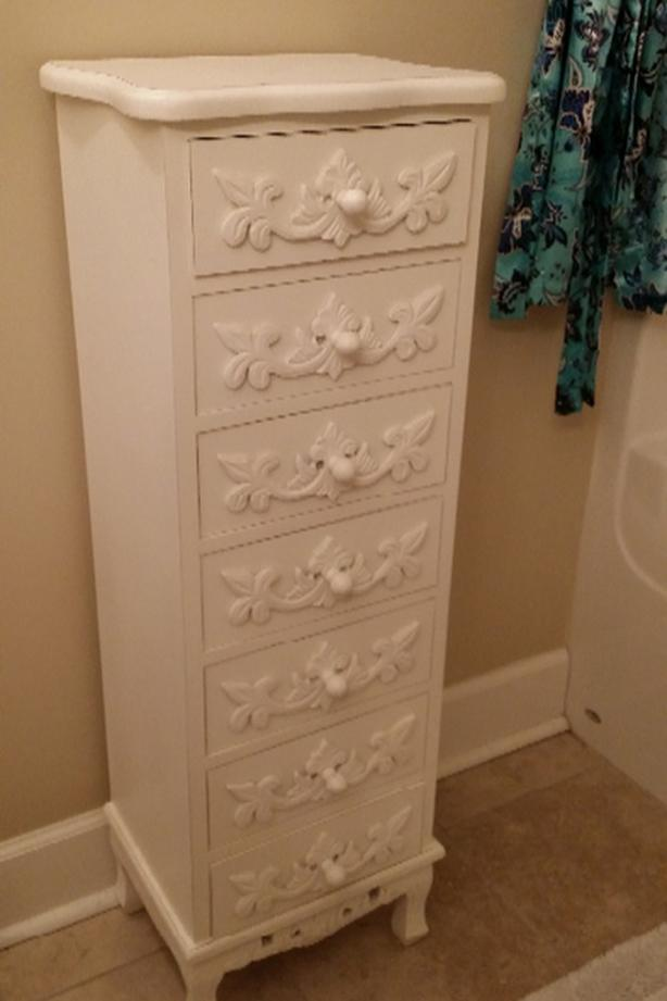 cutest white bathroom drawers