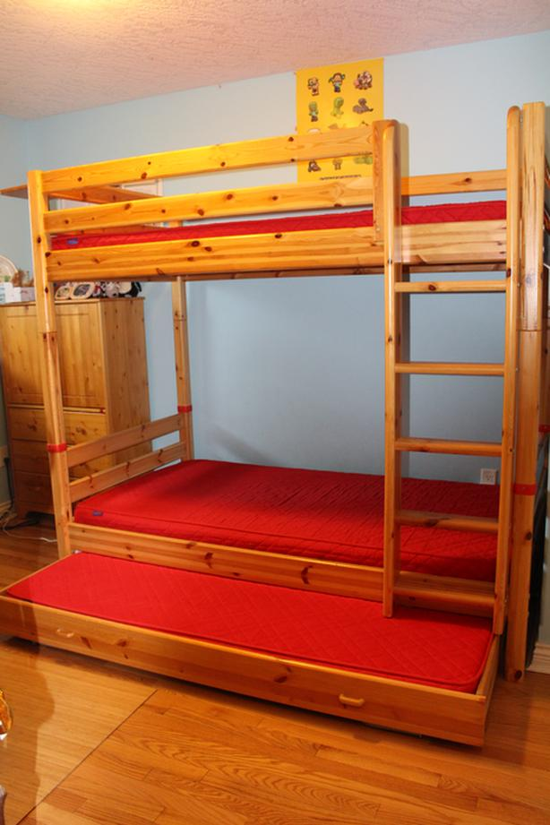 FLEXA Bunk Bed with bonus pull-out bed