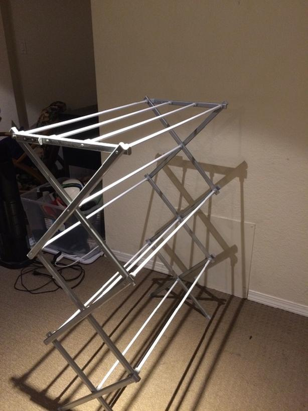 Freestanding towel rack (never used)