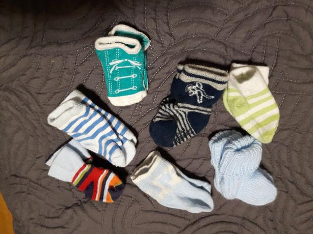 7 pairs of baby 0-3 Month socks