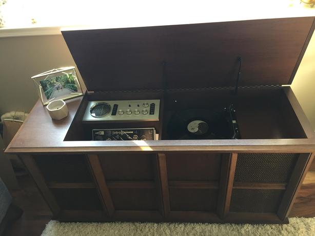 Electrohome Cabinet Record Player