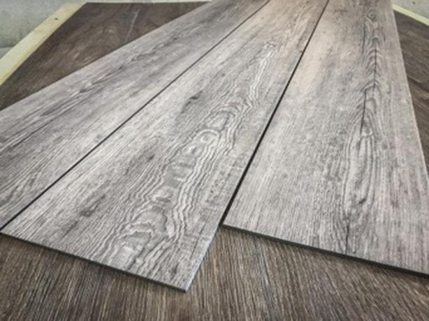 Silver/Grey vinyl plank flooring     2127sqft