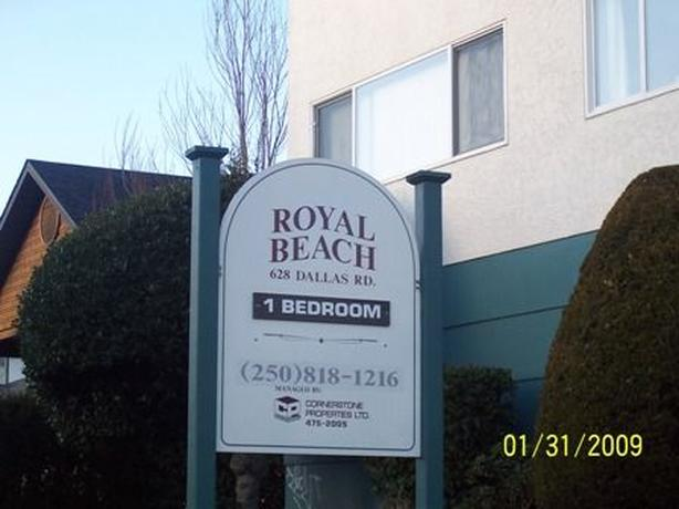 FOR RENT IN ROYAL BEACH IN JAMES BAY