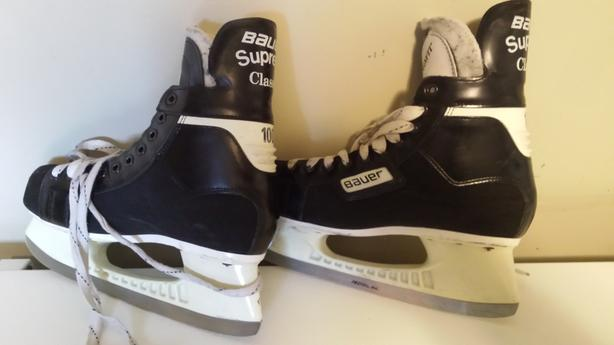 Bauer men's ice skates
