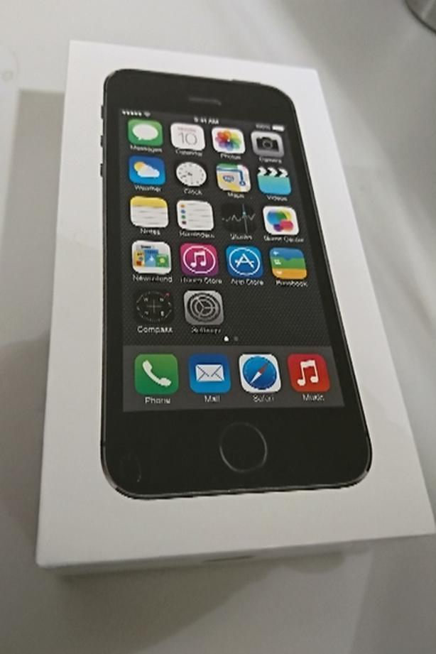 IPhone 5S 64GB mint condition, unlocked