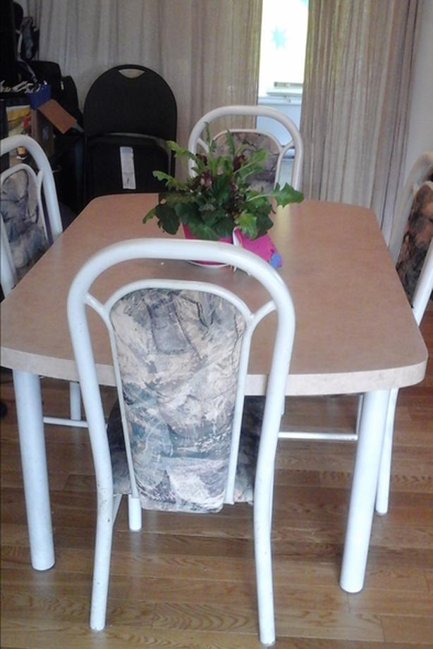 Moving Sale! Dining room set