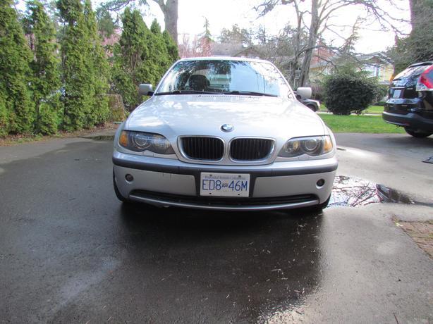 BMW 2002 325xi  95000km