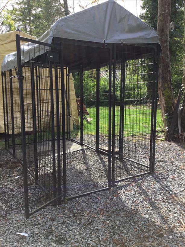 Waterproof dog kennel