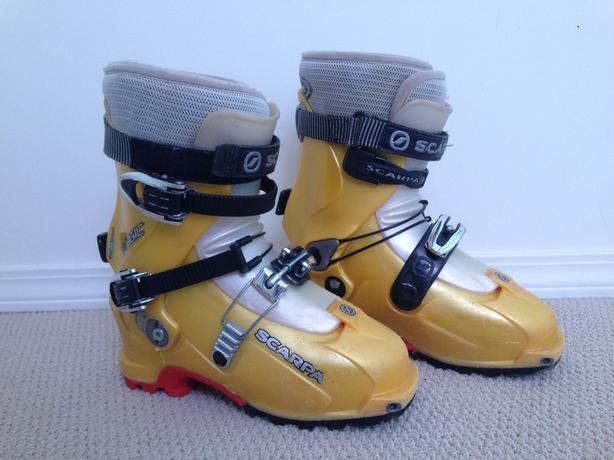 women's ski touring boots