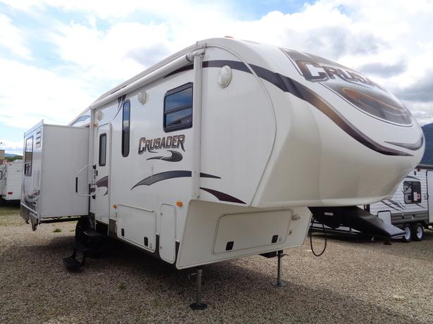 2012 Prime Time Crusader 270RET   5th Wheel Trailer
