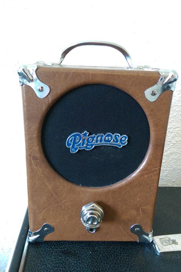 Pignose 7-100 guitar amp