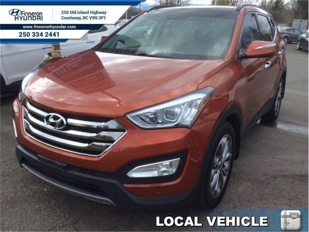 2014 Hyundai Santa Fe Sport 2.0T Limited  Navigation, Leather, Panoramic Roof