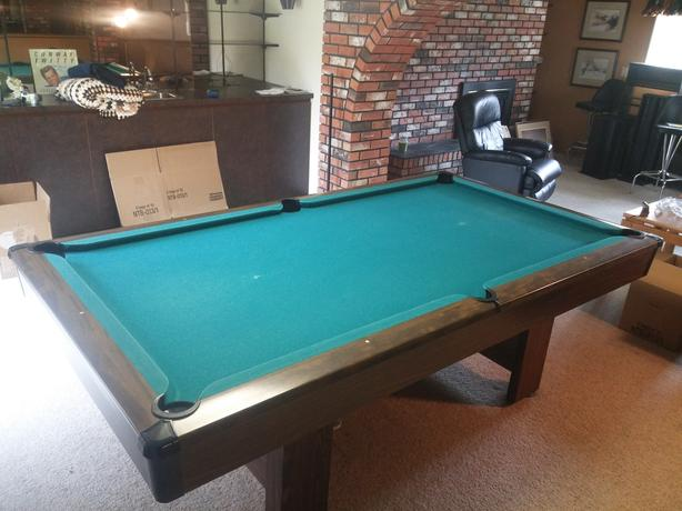BRUNSWICK BRISTOL X POOL TABLE Saanich Victoria - 4 x 8 brunswick pool table